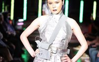 At NY Fashion Week, robotic dresses take on a life of their own