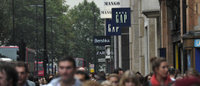 Euro zone crisis batters holiday sales prospects