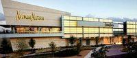 Neiman Marcus 同店销售六年来首次下降,IPO刻不容缓