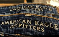 American Eagle expects strong holiday earnings but lower margins