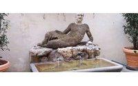La Fontana del Babuino a Roma torna a risplendere grazie a Brioni