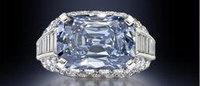 Un diamante azul alcanza un récord de 9,4 millones de dólares en Londres
