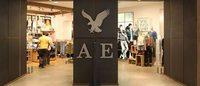 American Eagle profit falls 63 pct