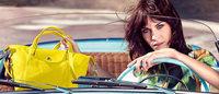 Alexa Chung estrela campanha de bolsas Longchamp
