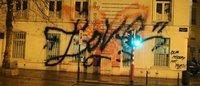 Pintan un grafiti en la fachada de la tienda bruselense de Maison Martin Margiela