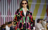 Escada fête ses 40 ans sur les podiums avec un défilé imaginé par son nouveau designer
