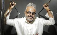 El diseñador brasileño Ronaldo Fraga desfila por primera vez en Buenos Aires