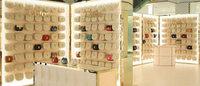 Chloé开幕中国独家Drew手袋概念店