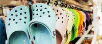 """Crocs希望重新确立洞洞鞋的""""正宫""""地位"""