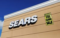 Sears CEO Lampert explores bidding for assets in bankruptcy