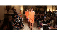 Portugal Fashion: Londres recebe jovens criadores Daniela Barros e João Melo Costa