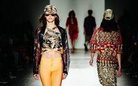 Settimana della Moda di New York: Custo, creatività contro la paura degli attentati