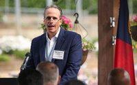 Hanesbrands nomeia ex-executivo do Walmart como CEO