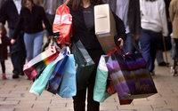 Россияне стали покупать меньше одежды и обуви