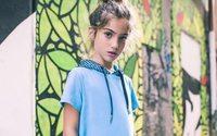 Gaëlle Paris debutta nel mondo delle calzature kids con Asso