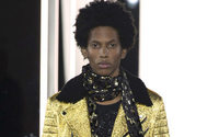 Azzaro ha fatto sfilare l'Uomo alla Settimana della Haute Couture di Parigi
