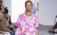 Settimana della Moda di New York: Michael Kors porta l'isola di Marlon Brando