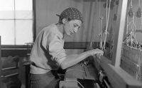 В музее Гуггенхейма пройдет выставка текстильного искусства Анни Альберс