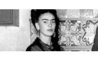 Exhiben por primera vez el guardarropa de la artista mexicana Frida Kahlo