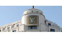 'Louis Vuitton fried chicken' owner fined in S. Korea