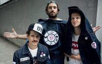 """I Thegiornalisti personalizzano la giacca """"Trucker"""" della Levi's"""