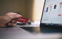 Продажи одежды и обуви в онлайне выросли на 36% за год