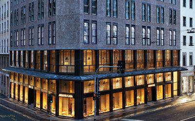 Armani casa inaugura a milano il pi grande flagship for Casa piu il mobile