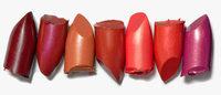 Rouges à lèvres et produits teint boostent la croissance des ventes de maquillage en sélectif