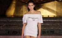Alexander Wang sfila al Rockefeller Center, omaggio ai decani della moda americana