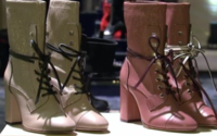 Stuart Weitzman steps out in chunky heels for New York Fashion Week