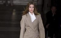 Paris Fashion Week: Stella McCartney leva dança à Ópera de Paris