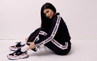 Kylie Jenner cambia Puma por Adidas