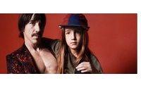 Солист Red Hot Chili Peppers с сыном в рекламной кампании Marc Jacobs