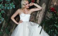 Franziska Knuppe gibt die Braut für Lana Mueller