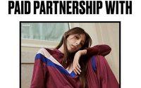 Juicy Couture parodie les instagrameuses pour sa nouvelle campagne