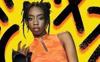H&M replonge dans les années 90 avec la chanteuse Ace Tee