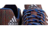 Adidas und Nike stricken Fußballschuhe