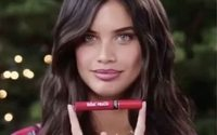 Sara Sampaio dá nome a lip kit da Victoria's Secret