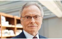 Seniorchef Fielmann zieht sich weiter zurück