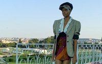 Miu Miu présente sa collection Croisière à Paris et ouvre la semaine haute couture