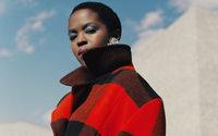 Woolrich enrôle MS. Lauryn Hill comme égérie le temps d'une capsule