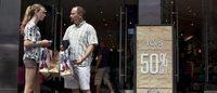 Teen apparel retailer Aeropostale rehires former CEO Geiger