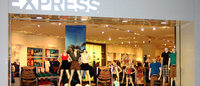 Apparel retailer Express warns of weak holiday quarter