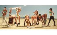 Penélope Cruz lança vídeo para linha de 'lingerie' da Agent Provocateur