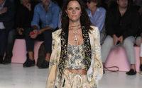 На Неделе моды в Милане эскапизм победил консерватизм