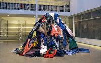 A.P.C. se met au recyclage avec La Croix Rouge