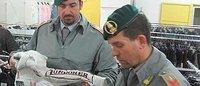 Contraffazione: sequestrata a Napoli una fabbrica di false etichette di griffe