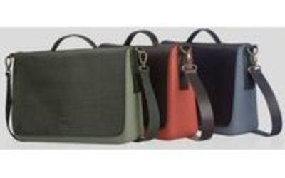 1c231cbba4 Full Spot ha inaugurato il suo quarto 'O bag Store' a Milano - Notizie :  Distribuzione (#568978)