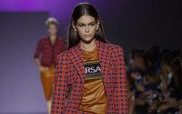 Michael Kors se hace con el control de Versace