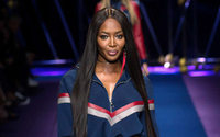 Naomi Campbell leads bold Versace runway in Milan